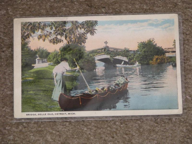 Bridge & Woman in Canoe, Belle Isle, Detroit, Mich., 1921, used vintage card