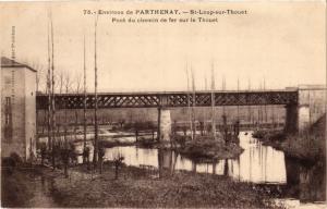 CPA Env. de PARTHENAY - St-LOUP-sur-Thouet - Pont du Chemin de fer (297446)