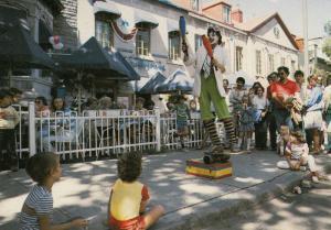 Festival d'ete , Quebec , Canada , 1988 ; Clown Juggler