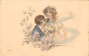Romantic Couple, Kiss, Fantasy Souvenir, Flowers, Fancy Dress