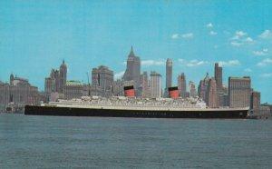 NEW YORK CITY , 50-60s ; Ocean Liner