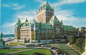 Chateau Frontenac, Classic Cars, QUEBEC CITY, Quebec, Canada, 40-60´s