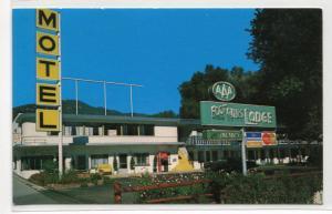 Foothills Lodge Motel Manitou Springs Colorado postcard