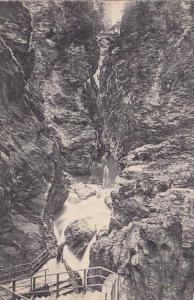 Switzerland Viamala Abstieg zur Grotte