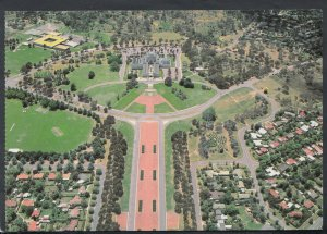 Australia Postcard - Aerial View of Canberra - The War Memorial   RR3860
