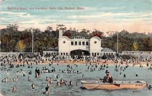 Mich. Detroit, Belle Isle, Bathing Beach and Pavilion, bath 1915
