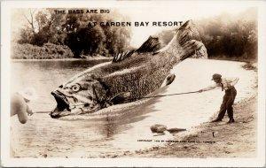 Garden Bay Resort Ontario Exaggerated Bass Fish Fishing Fishermen Postcard G29