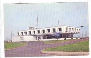 Mairie de Tracy, Tracy, Province of Quebec, Canada, PU-1988