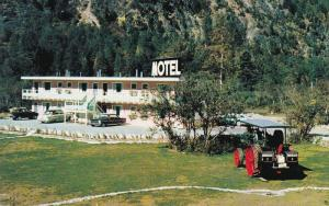 Three Valley Motel, REVELSTOKE, British Columbia, Canada, 40-60´