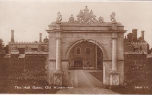 RP; OLD HUNSTANTON, Norfolk, England, United Kingdom; The Hall Gates, 10-20s