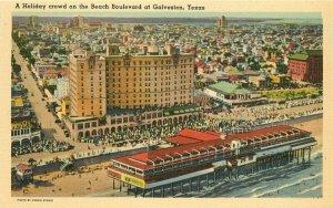 Beach Crowd Holiday Galveston Texas birdseye Galveston Texas Postcard 20-1001