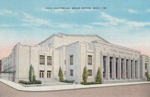 GRAND RAPIDS , Michigan, 30-40s ; Civic Auditorium