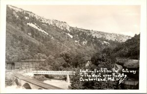 RPPC: Cumberland, Maryland - MD - ROUTE 4 - GATEWAY TO WEST - RAILROAD POSTCARD