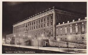 RP: Stockholm , Sweden , 30-40s ; Night