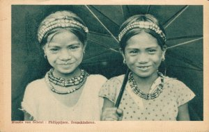 Philippines Two Girls Sun Children 04.92