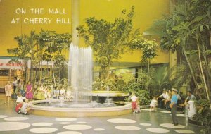 CHERRY HILL, New Jersey, 40-60s; On the Mall at Cherry Hill # 2; Fountains