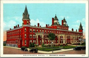 1939 Brunswick, Georgia Postcard OGLETHORPE HOTEL Street View Curteich Linen