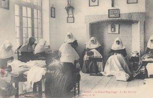 GAND , Belgium , 00-10s ; Au Grand Petit Beguinage I : Nuns
