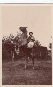 RP; COLDSTREAM , B.C. , Canada , 00-10s ; Cowboy on horse