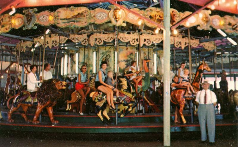 MD - Ocean City. Merry-Go-Round on the Boardwalk (Maryland)