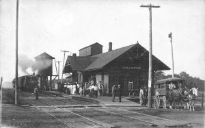 Chillicothe IL~Train Steams In To Railroad Depot~Ladies on Platform~1907 RPPC