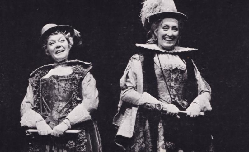 Brenda Bruce Merry Wives Of Windsor Rare Shakespeare Theatre Postcard