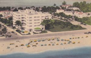 FT. LAUDERDALE , Florida , 20s-30s; Trade Winds Hotel