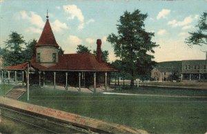Circa 1908 Railroad Station, Pa. Postcard