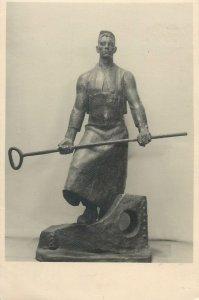 Postcard Russian statue art sculpture