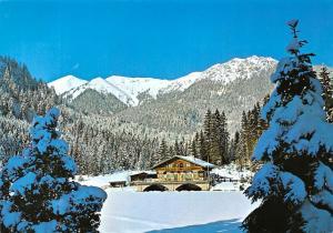 Garmisch Partenkirchen Restaurant am Flegersee Helga John Winter Mountain
