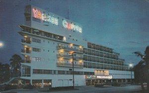 FORT LAUDERDALE, Florida, PU-1972; The Yankee Clipper Hotel