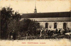 CPA Joigny - Ecole Saint-Jacques - Le Jardin FRANCE (960706)