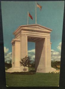 Postcard Unused Union Oil Co Peace Arch Blaine WA LB