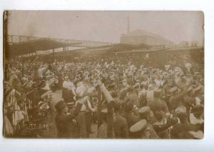 214033 WWI GERMANY Bayreuth sending soldiers train 1915 photo