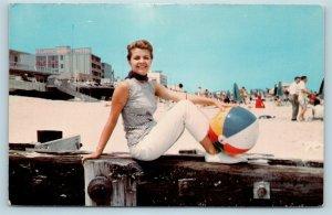 Postcard DE Rehoboth Beach 1967 Miss Delaware on Rehoboth Beach Susan Levens T11