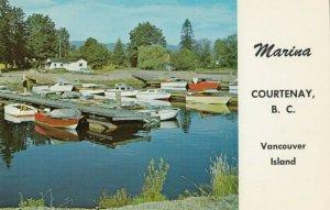 COURTENAY , B.C. , 50-60s ; Marina , Vancouver Island
