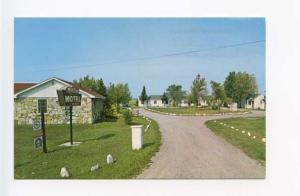 Sault Ste. Marie MI Hil Top Motel on Hwy US Postcard