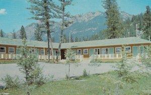 RADIUM HOT SPRINGS, B.C., Canada, 50-60s; Andy's Deluxe Motel