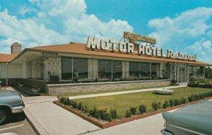 BOWMANVILLE , Ontario , 50-60s ; Flying Dutchman Motor Hotel