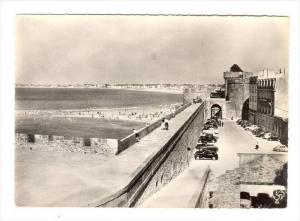 RP, Les Remparts Et La Grande Plage, Saint-Malo (Ille-et-Vilaine), France, 30...