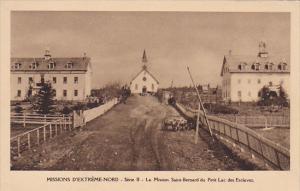 La Mission Saint-Bernard du Petit lac des Esclaves , Nunavut , Canada , 00-10s