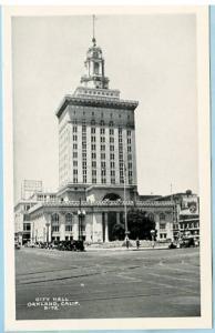CA - Oakland, City Hall