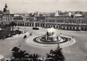 RP: BARI, Italy, PU-1955; Starione Ferraviaria e Piarra Roma