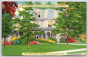 Independence Missouri~Colorful Trees @ President Harry S Truman Residence~1940s