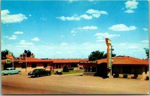1950s Amarillo, TX Postcard SKYLINE MOTEL Coffee Shop Highway ROUTE 66 Roadside
