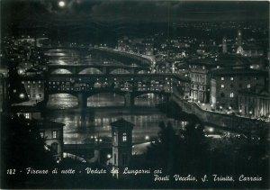 Italy Firenze di notte  Vedutta dei Lugarni coi  tre ponti Postcard