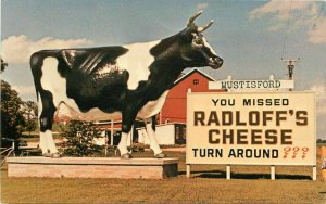 Giant Cow Radloff''s Cheese Johnson Farm Hustisford Wisconsin Postcard 20-3858