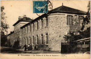 CPA COLOMBES Les Ecoles de la Rue de Nanterre (413444)