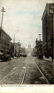 Iowa Des Moines East Locust Street