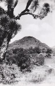 RP; MEXICO; Pyramid of the Moon, San Juan Teotihuacan, 30-40s